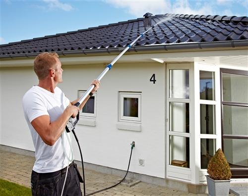 Nettoyeur de toiture et tuile nilfisk alto for Perche nettoyage piscine