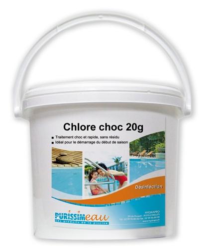 Chlore choc poudre produit piscine seau de 10 kg for Chlore choc pour piscine