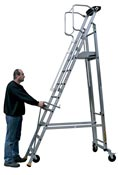 Escalier mobile de rayonnage 8 marches