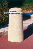 Borne beton anti stationnement gros grains Amboise