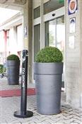 Cendrier exterieur Smoker's Pole Rubbermaid noir