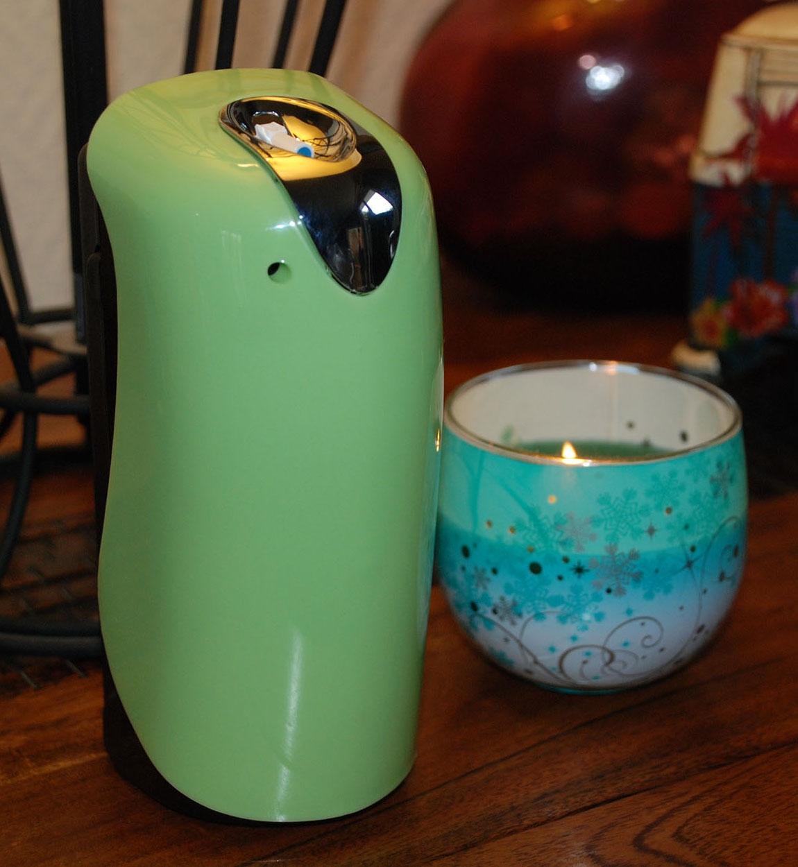 diffuseur de parfum automatique prodifa mini basic vert. Black Bedroom Furniture Sets. Home Design Ideas