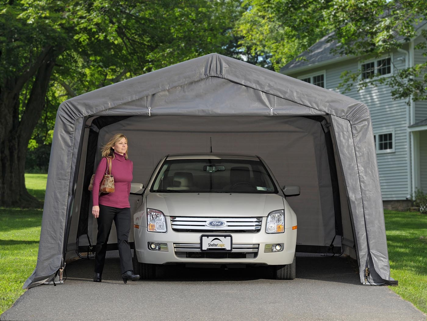 Garage démontable voiture ShelterLogic promo