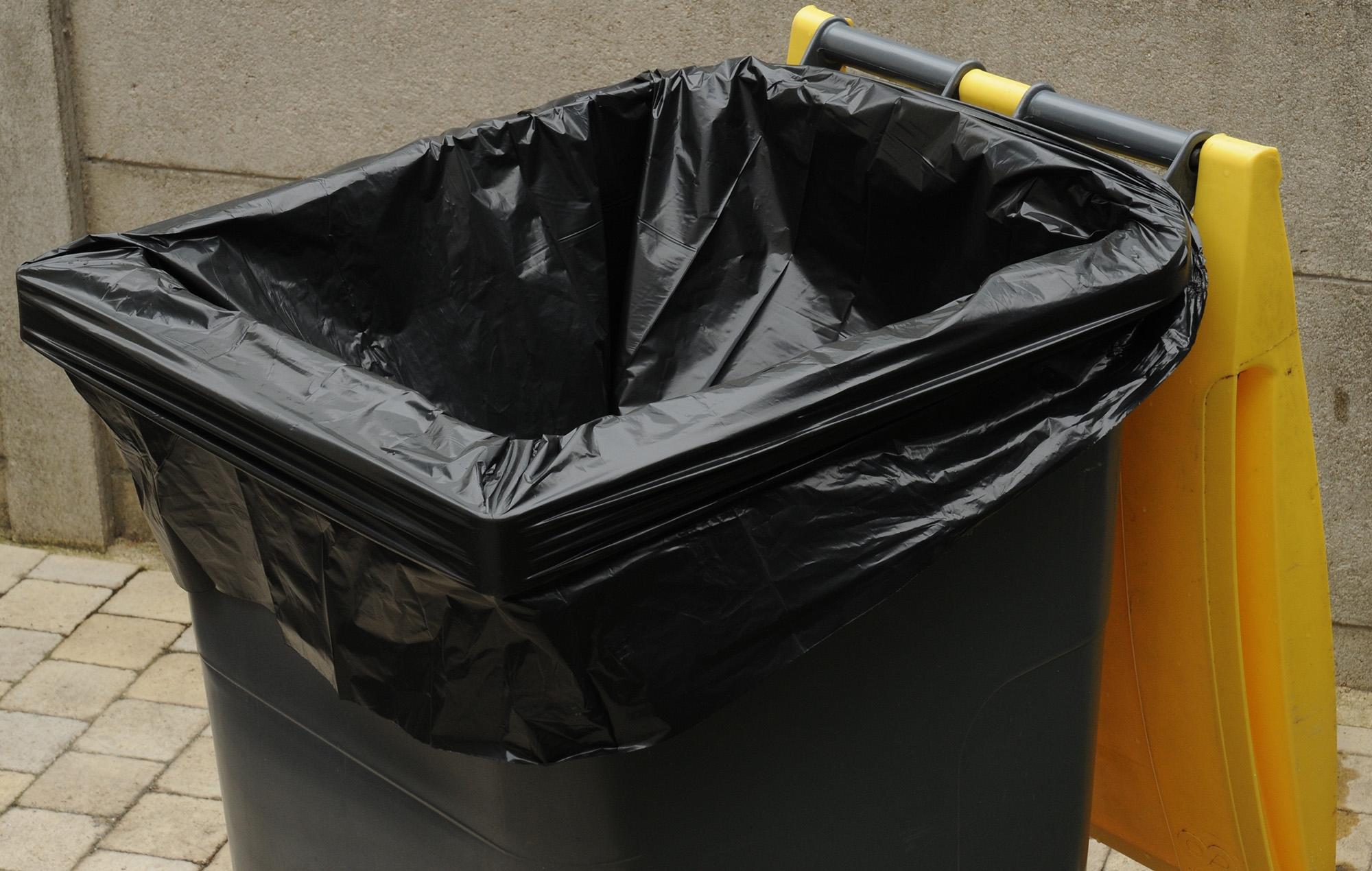 sac poubelle housse conteneur 340 litres. Black Bedroom Furniture Sets. Home Design Ideas