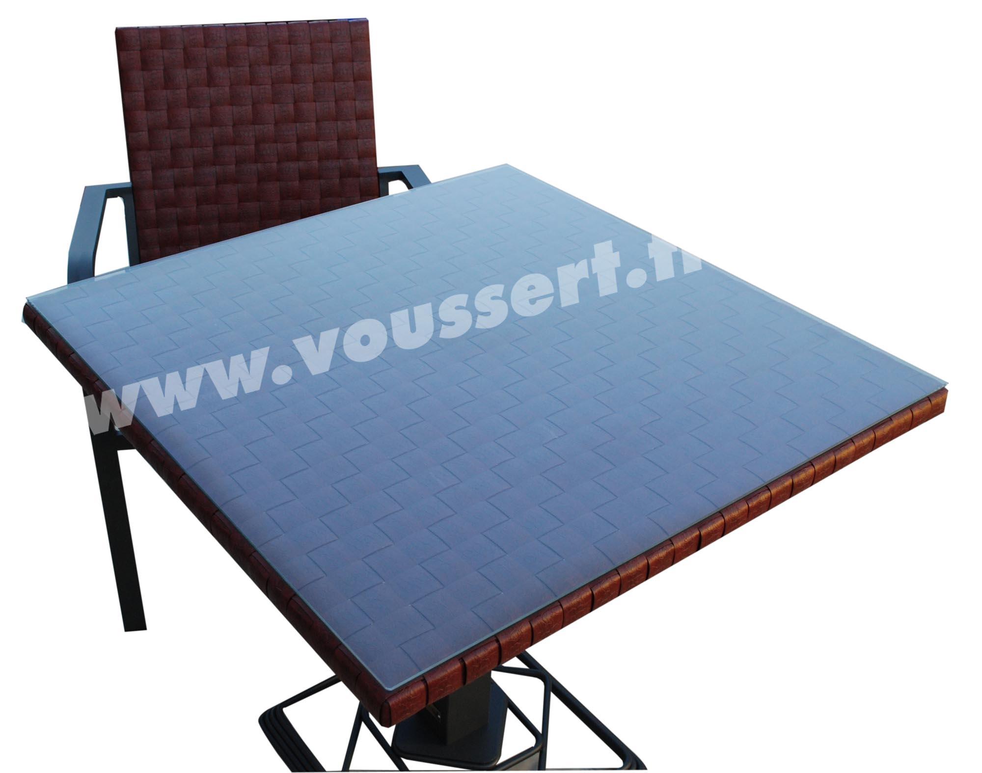 table bistrot carree aluminium resine tressee bordeaux kaiman 80x80. Black Bedroom Furniture Sets. Home Design Ideas
