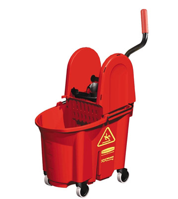 Seau de menage Rubbermaid Wavebrake rouge avec presse